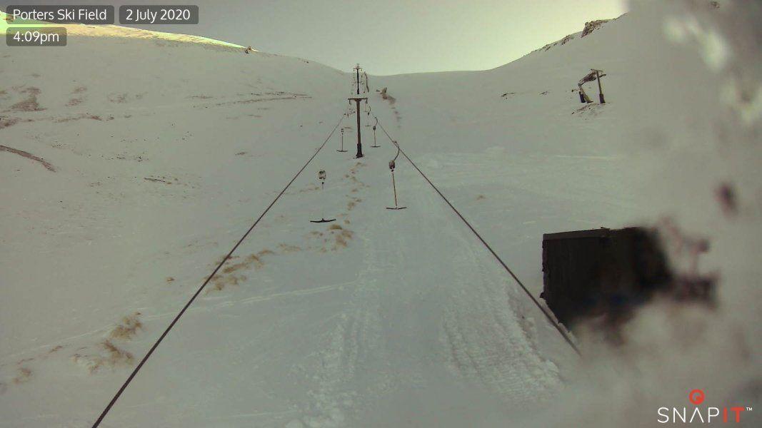 Sundance T-Bar Snow Cam, Porters